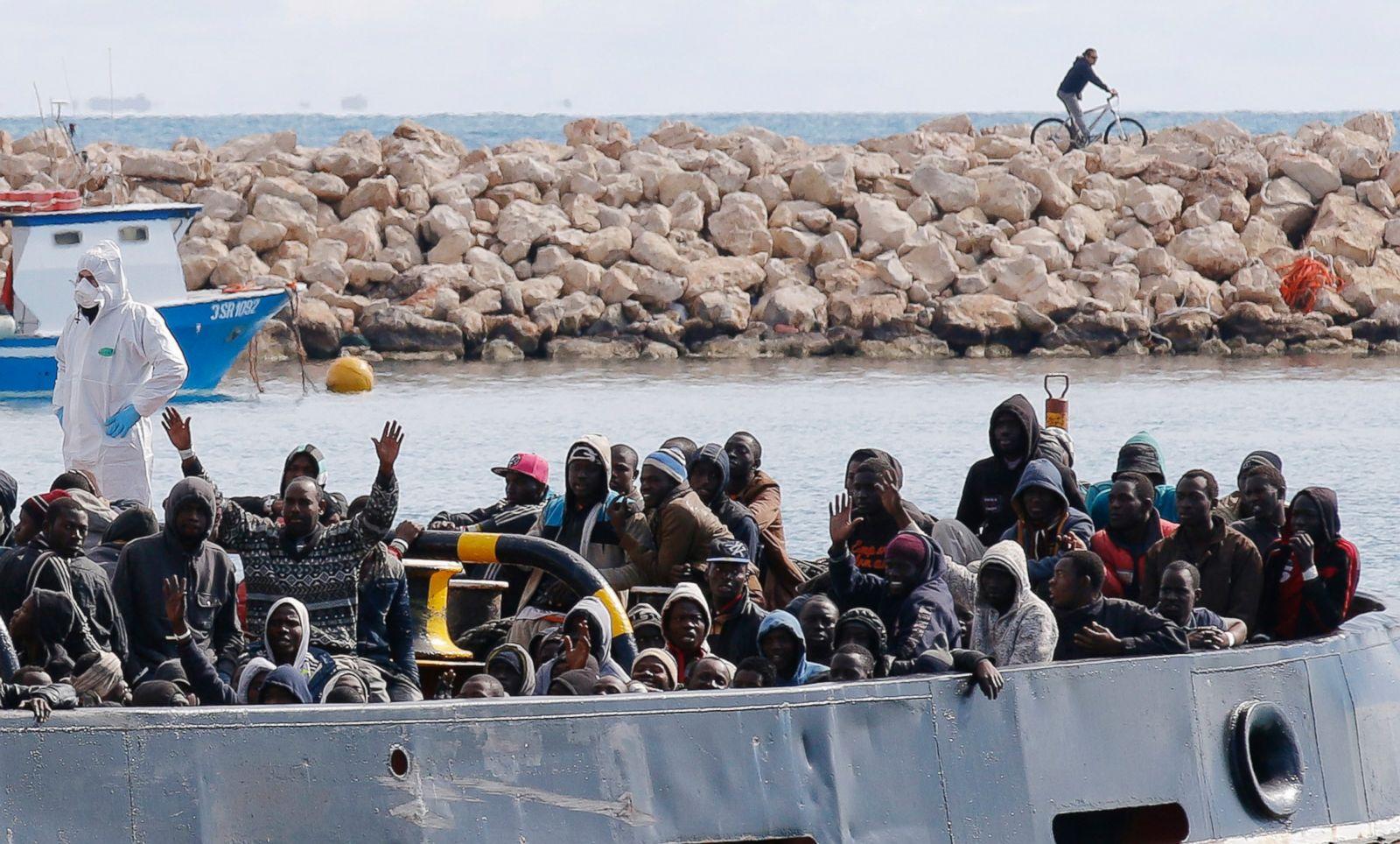 İtalya'dan göçmen çocukları 'devşirme' kararı