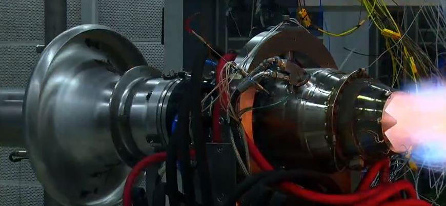 Türkiye'nin yerli füze motoru TJ300 test edildi