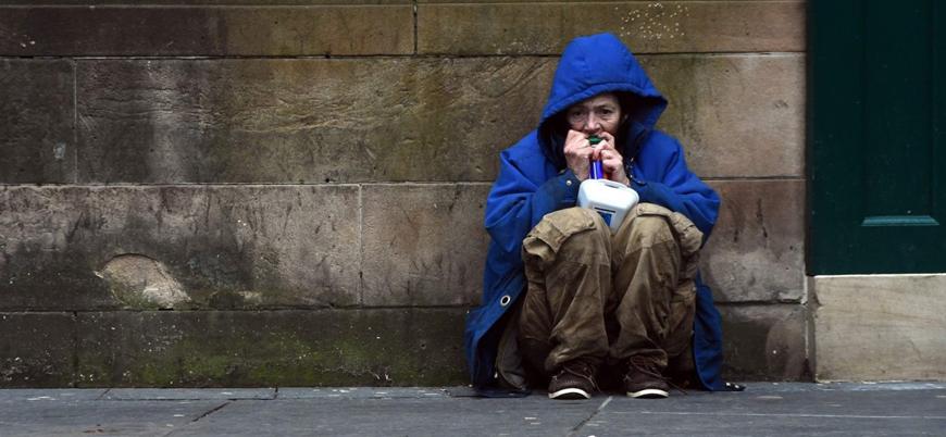 Salgında zenginlerin tasarrufları yoksulların borçları artıyor
