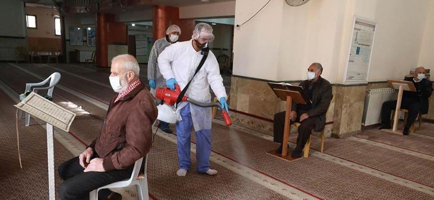 Filistin'de cuma namazı iptal edildi