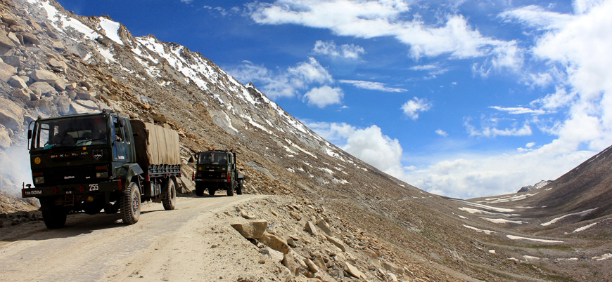 Hindistan Çin sınırına füze savunma sistemi yerleştirdi