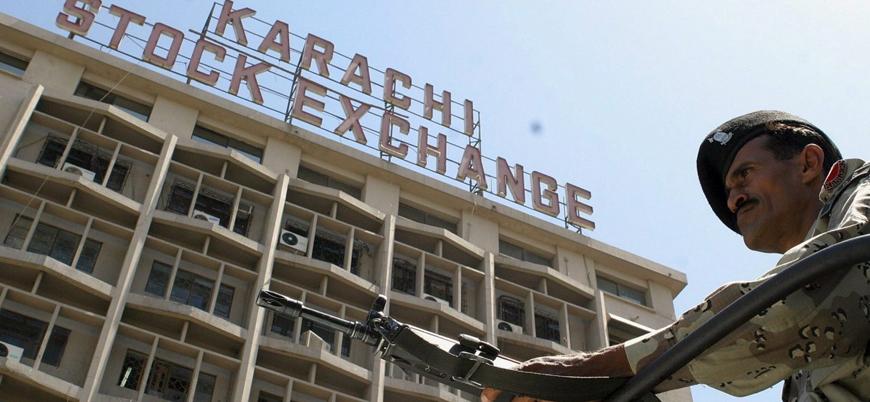 Pakistan'ın Karaçi şehrinde borsa binasına saldırı