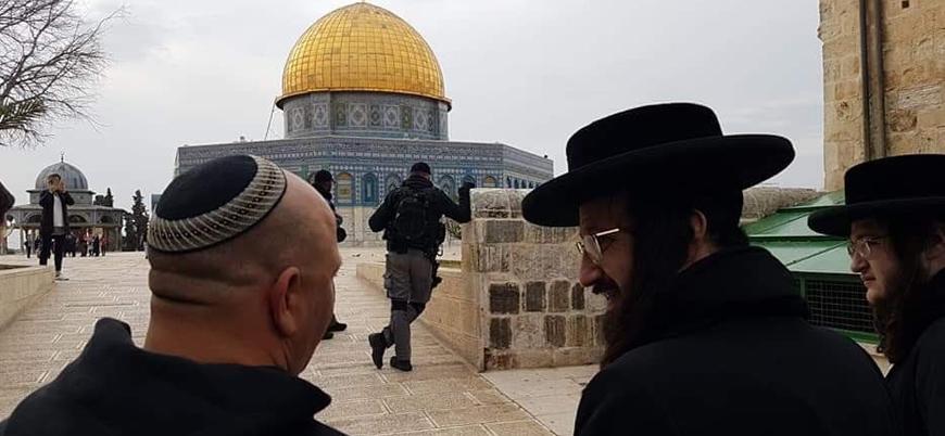 Radikal Yahudilerden Mescid-i Aksa'ya baskın