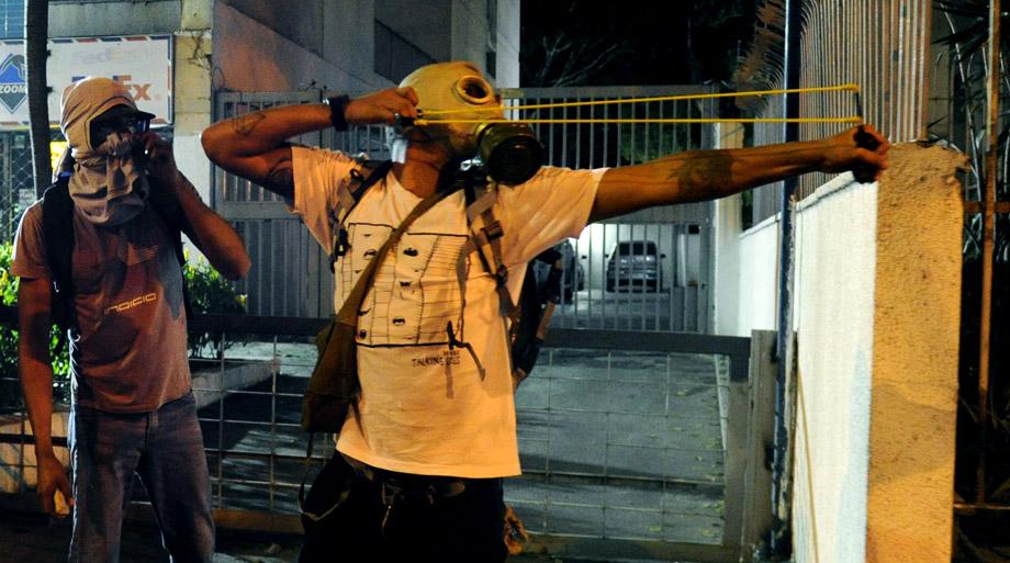 Venezuela Yüksek Mahkemesi'nden geri adım: Meclisin yetkileri iade edildi