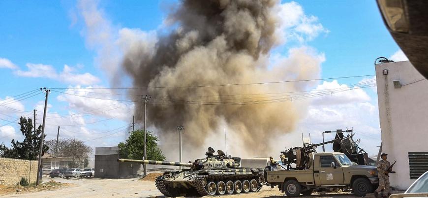 Reuters: Savaş uçakları Vatiyye Hava Üssü'nü vurdu