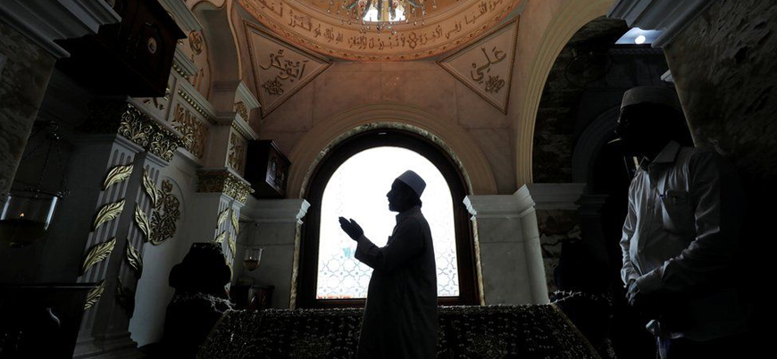 Sri Lanka'da koronavirüsten ölen Müslümanlar zorla yakılıyor