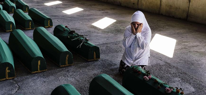 Sırplar okullarda çocuklara 'Srebrenitsa Soykırımı'nın yaşanmadığını anlatıyor
