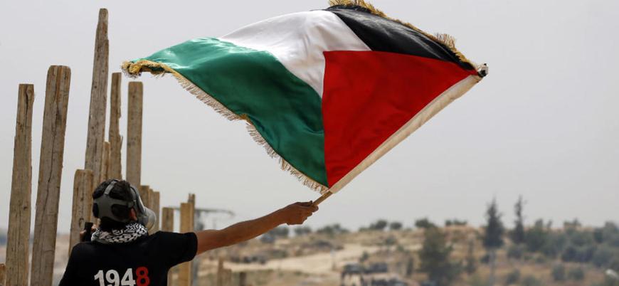 Fransa Filistin'i 'uygun zamanda' devlet olarak tanıyacak