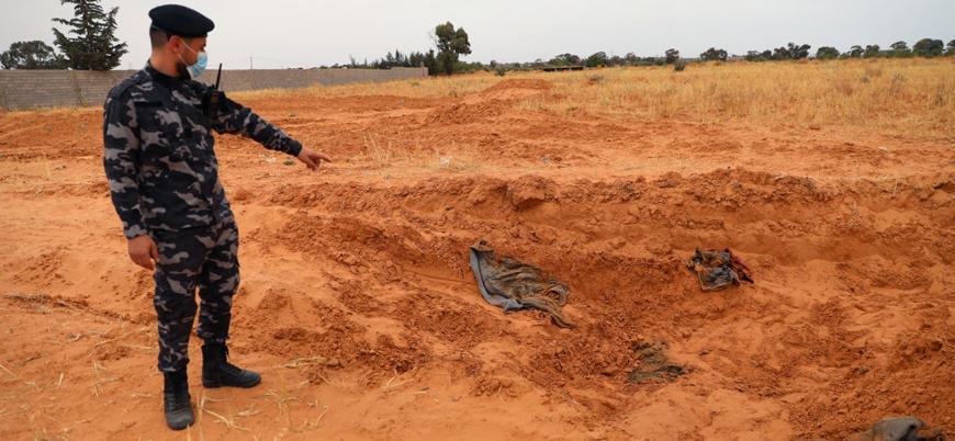 Libya'da Hafter kontrolündeki bölgede toplu mezarlardan 225 ceset çıkarıldı