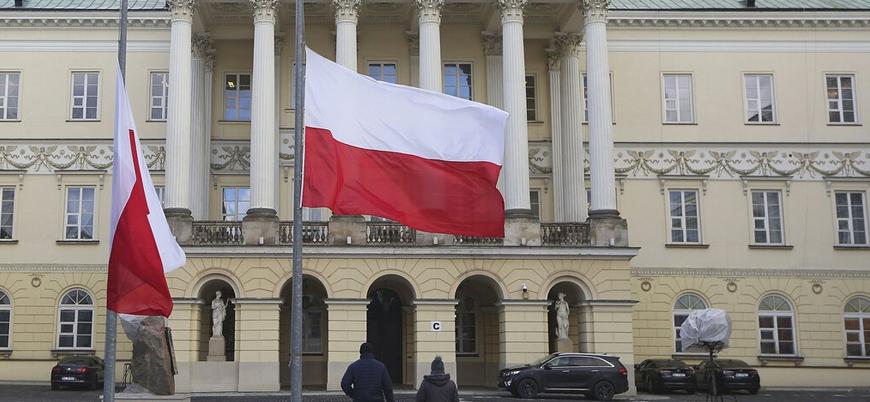 İstanbul Sözleşmesi'nden çekileceğini duyuran Polonya'ya Fransa'dan tehdit