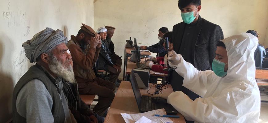 Kabil yönetimi: Afganistan'da 10 milyon Kovid-19 vakası var