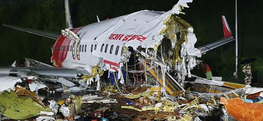 Hindistan'da yolcu uçağı inişte ikiye bölündü: 16 ölü