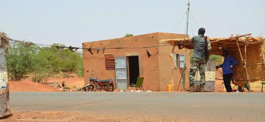 Nijer'de 6 Fransız turist öldürüldü