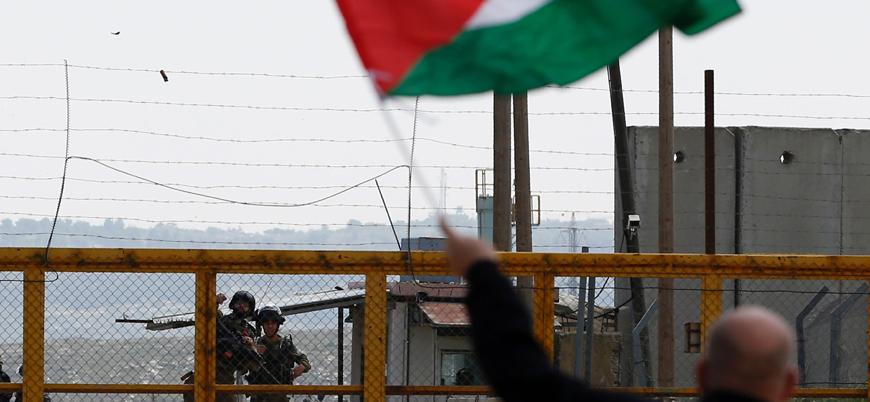 4 bin 500 Filistinli esir İsrail hapishanelerinde