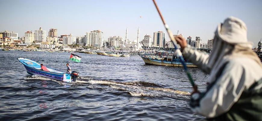İsrail Filistinli balıkçıların avlanmasını yasakladı
