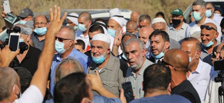 Raid Salah cezasını tamamlamak üzere İsrail makamlarına teslim oldu