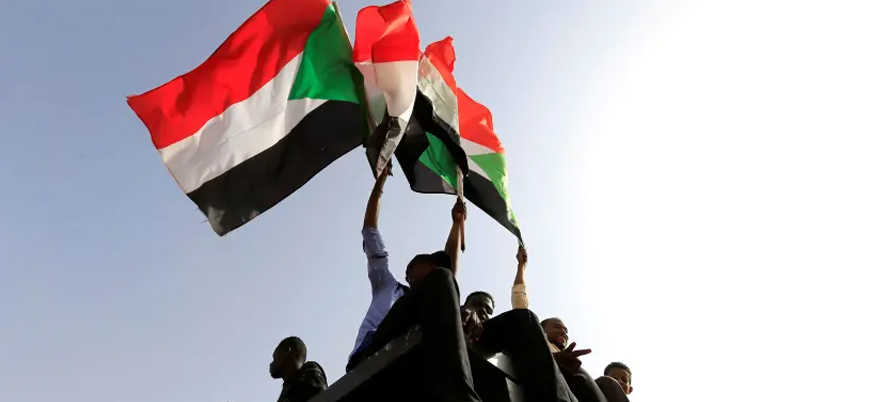 """""""Sudan İsrail ile normalleşme sürecine giriyor"""""""