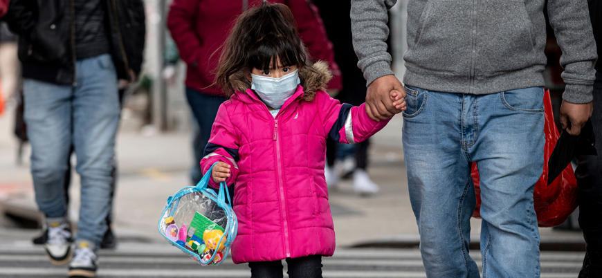 Dünya Sağlık Örgütü: Çocuklar maske takmalı