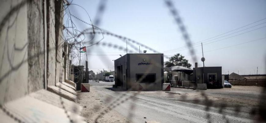 İsrail Gazze'ye gıda ve tıbbi malzemeleri hariç tüm ürünlerin girişini yasakladı
