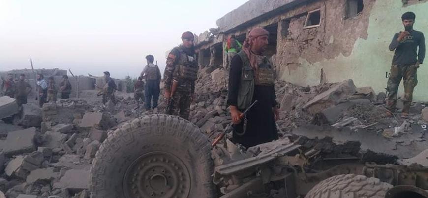 Afganistan'da askeri merkeze bombalı araç saldırısı