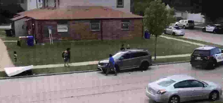 ABD'de polis siyahi bir vatandaşı 7 kurşunla vurdu
