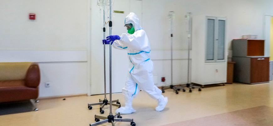 Koronavirüs: Vakalar artarken can kayıpları azalıyor mu?