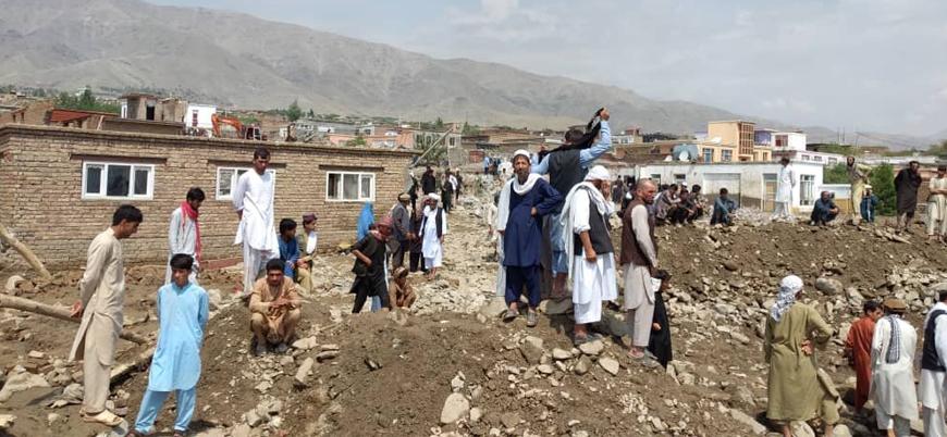 Afganistan'da şiddetli sel: 100'e yakın kişi hayatını kaybetti