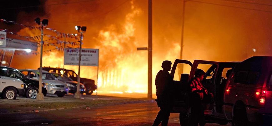 ABD'de ırkçılık karşıtı gösterilerde iki kişi vurularak öldürüldü