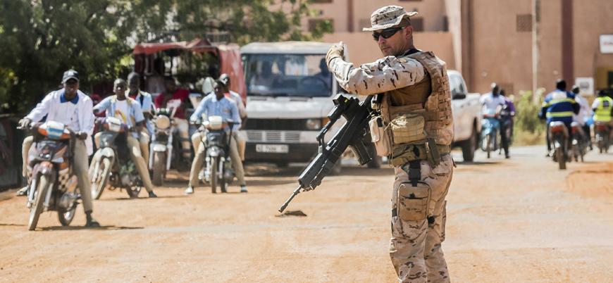 Avrupa Birliği Mali'deki misyonunu askıya aldı