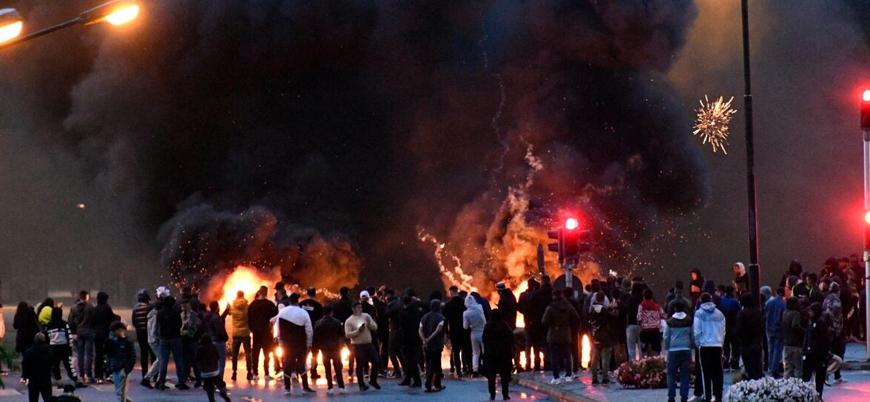 İsveç'te aşırı sağcılar Kur'an-ı Kerim yaktı, sokaklar karıştı