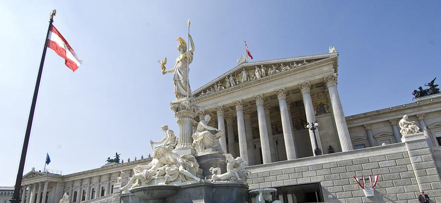 Avusturya Türk vatandaşını casusluk suçlamasıyla tutukladı