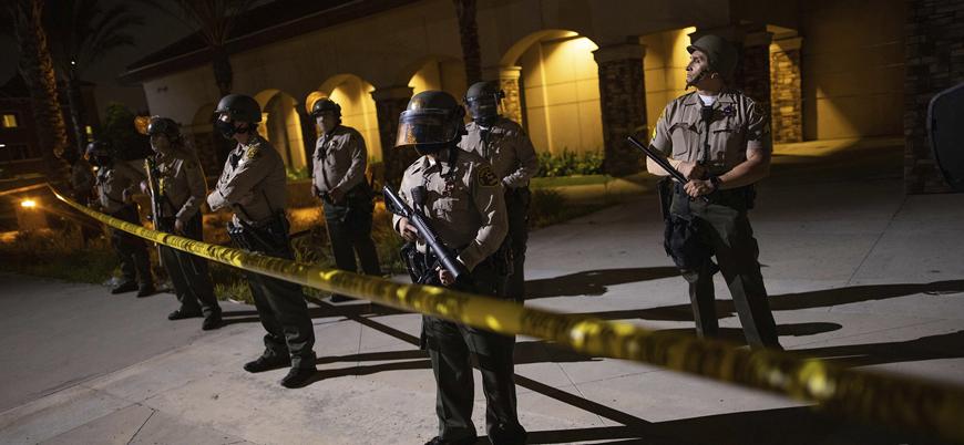 ABD polisi 'trafik kurallarına uymayan' bir siyahiyi vurarak öldürdü
