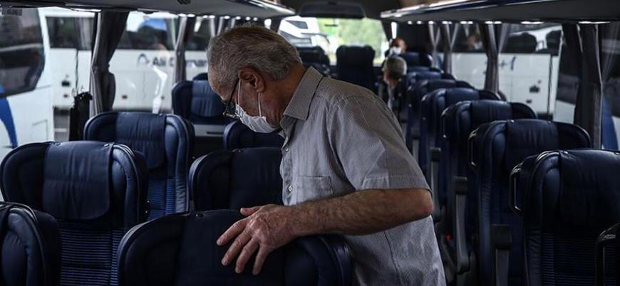 Koronavirüs: İzole olması gereken 153 bin kişi seyahat ederken tespit edildi