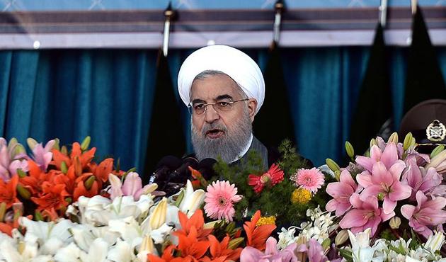 Ruhani'den Devrim Muhafızları'na eleştiri