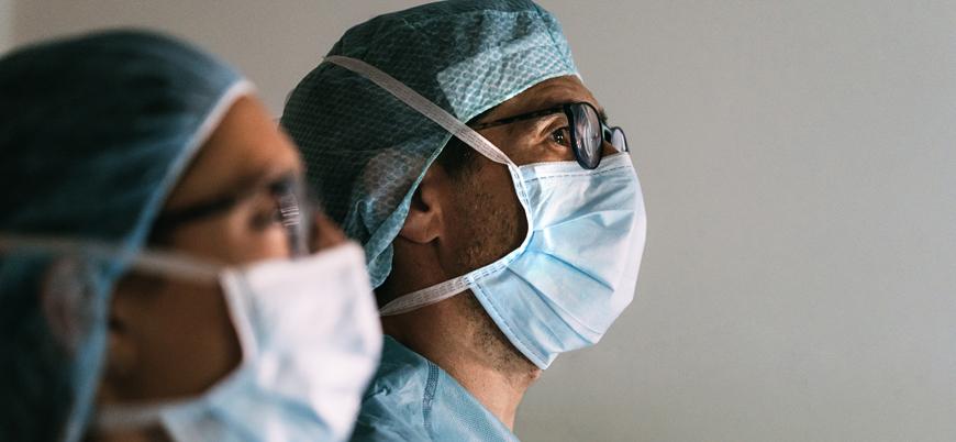 Dünya genelinde koronavirüsten ölen sağlık çalışanlarının sayısı 7 bini aştı