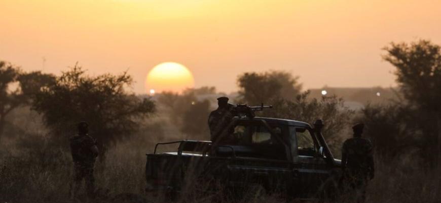 Nijer'de ordu güçleri en az 70 sivili öldürdü