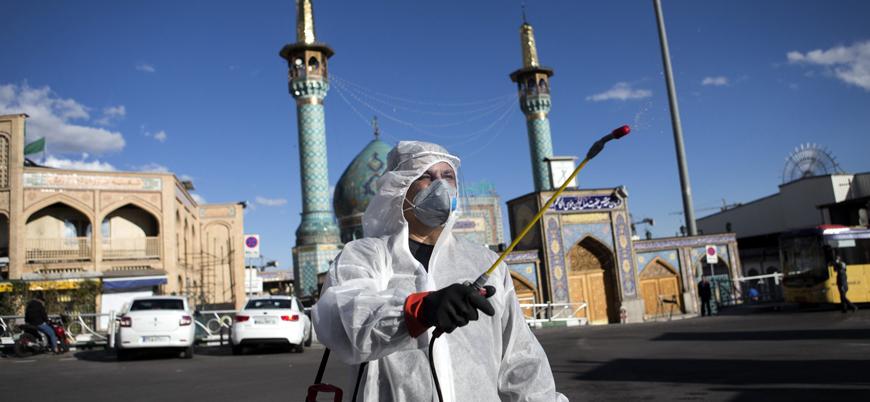İran'da son 24 saatte 2 bin yeni vaka, 139 ölüm