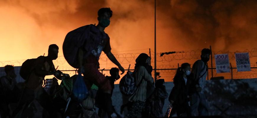 Yunanistan'daki Moria sığınmacı kampı yangında kül oldu