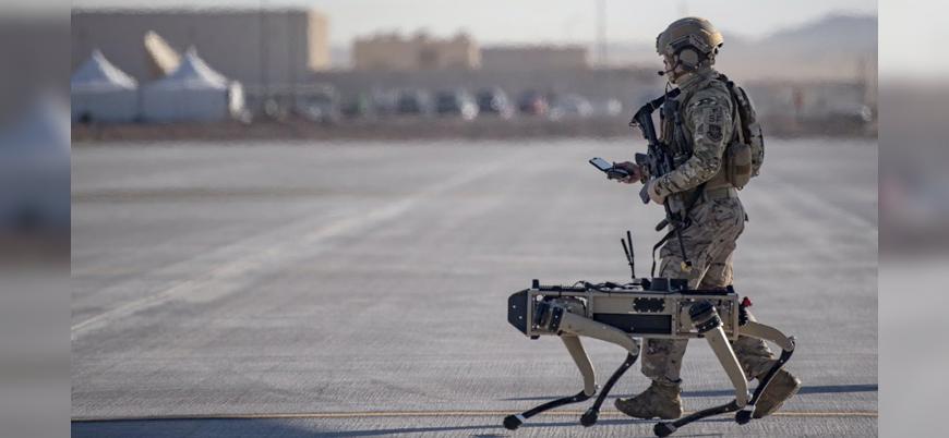 ABD ordusu robot köpeklerle tatbikat yaptı