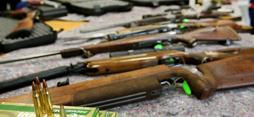 Almanya'da aşırı sağ şüphesi: 250 silah ve binlerce mermi bulundu