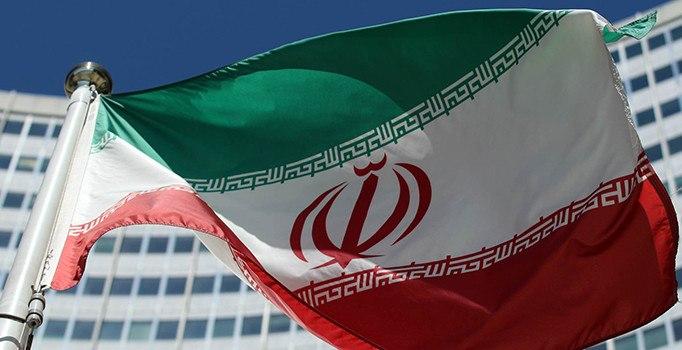 İran'da Sünniler Cumhurbaşkanlığı adayı olamıyor