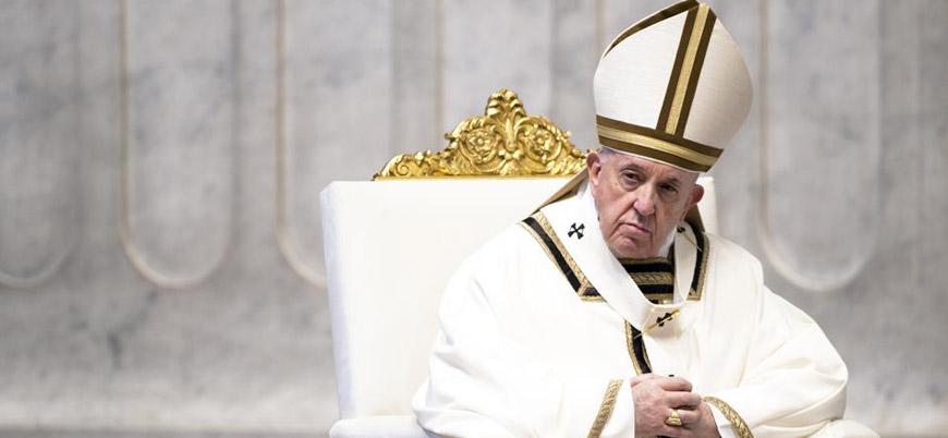 Papa'dan LGBT üyelerine: Tanrı çocuklarınızı oldukları gibi seviyor