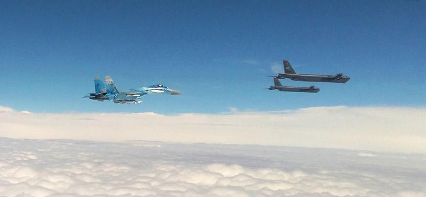 Karadeniz'de sıcak temas sürüyor: Rus jetlerinden ABD B-52'sine önleme