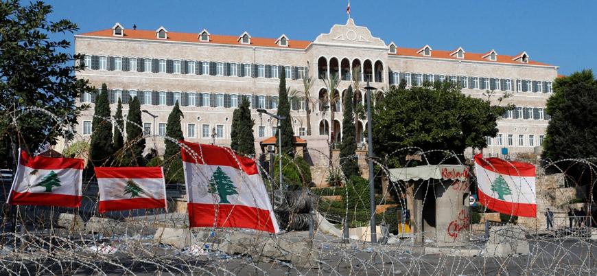 Lübnan'da Başbakan Mustafa Edib istifa etti