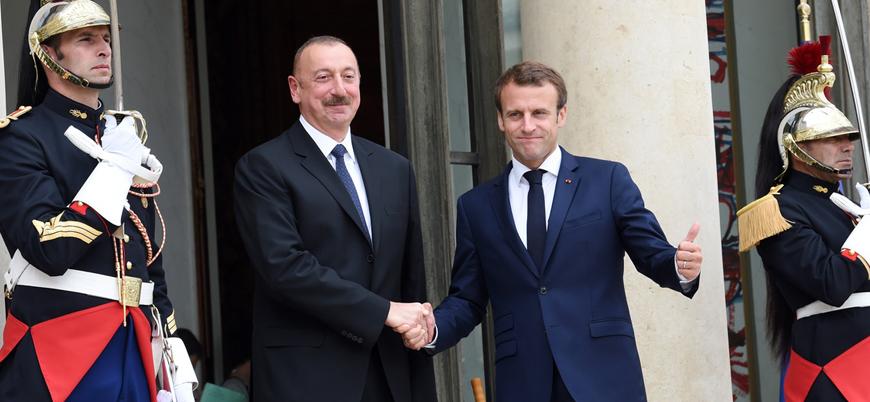 Aliyev ile Macron Azerbaycan-Ermenistan çatışmasını görüştü