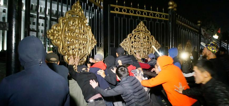 Kırgızistan'da seçimler iptal edildi