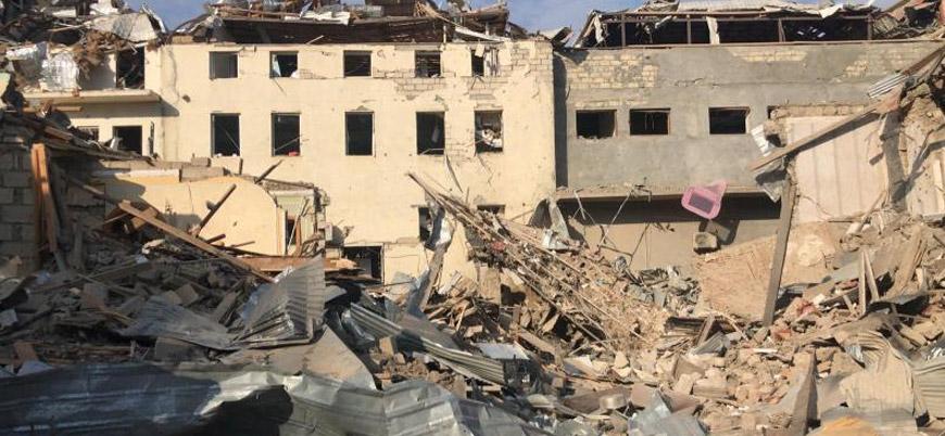 Ermenistan, Gence kentinde sivil yerleşimleri vurdu