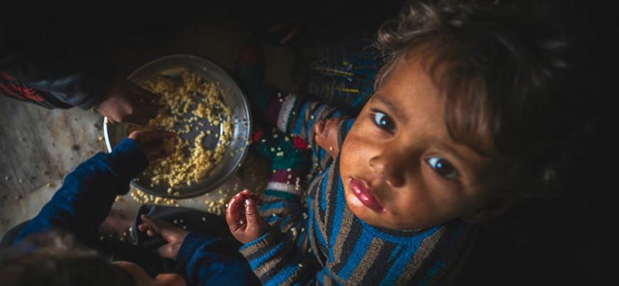 'Gazze'de Filistinliler çöpte yemek arıyor'