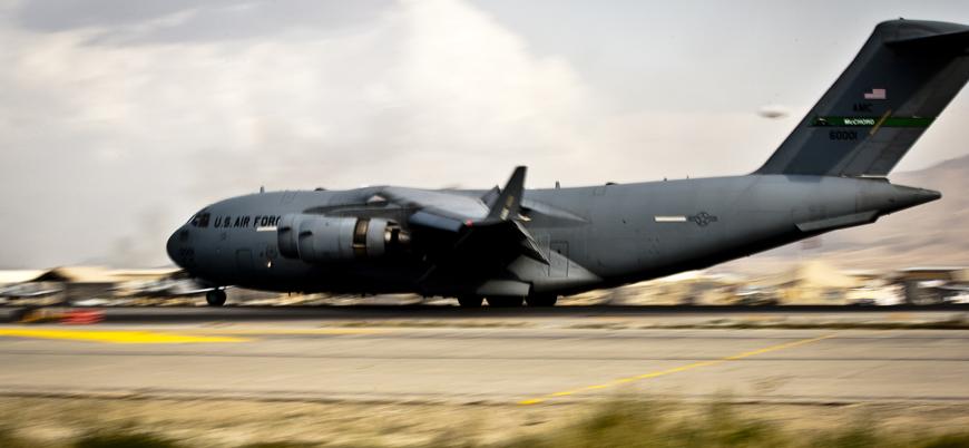 ABD'ye ait C-17 Kandahar'a acil iniş yaptı