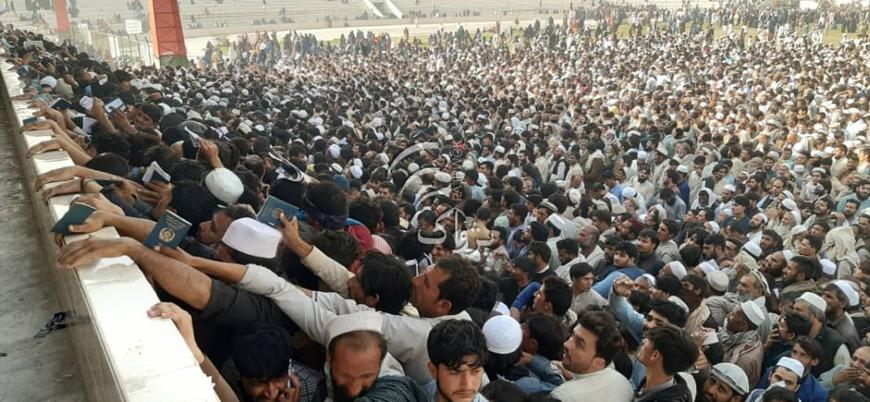 Afganistan'da 'Pakistan vizesi' izdihamı: 11 ölü